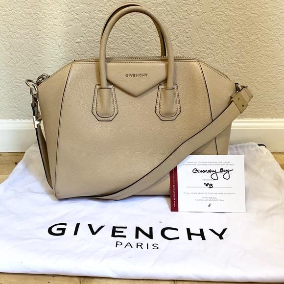 9038e80a6b6 Givenchy Handbags - Authentic Givenchy Medium Antigona Bag